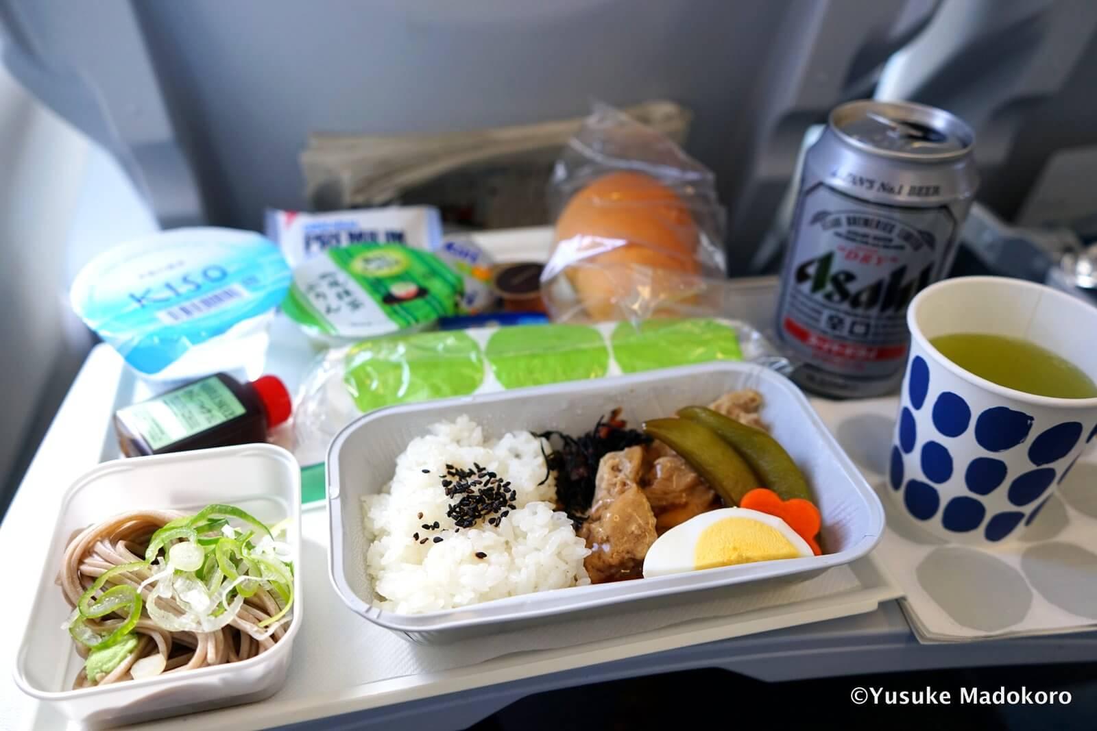 フィンランド航空の機内食1