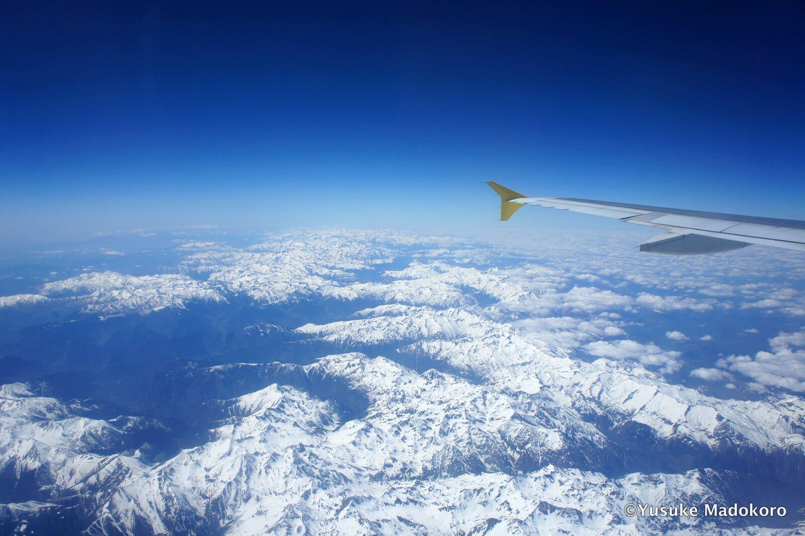 機内から見えたピレネー山脈