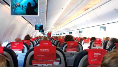 Norwegian Air Shuttle機内