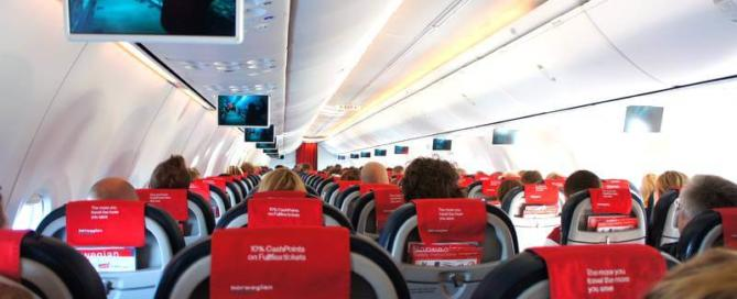 Norwegian Air Shuttle機内